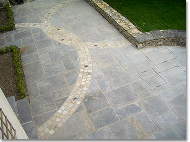 Interlocking patio pattern